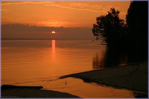 фотография заката. закат рад рекой