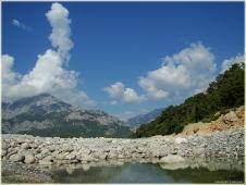 Горы фото высокого разрешения. Долина горной реки