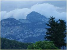 Горы фото высокого разрешения. Вечер в горах. Облака