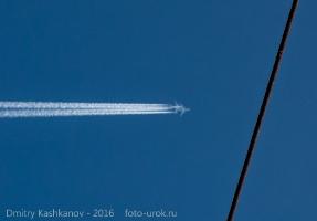 Два самолета. Практически нереальная картинка. Но она настоящая