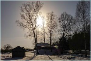 Яркое весеннее солнце