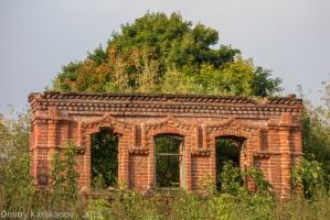 Дом с зеленой крышей. Старые дома в селе Толба
