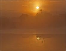 Красивое утро. Фото восхода солнца над озером