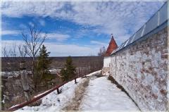 Крепостная стена со сторожевой башней. г. Гороховец
